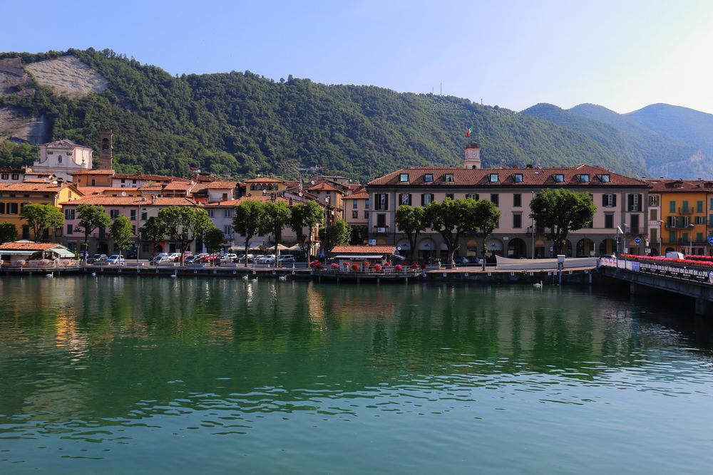 Sarnico, Riva