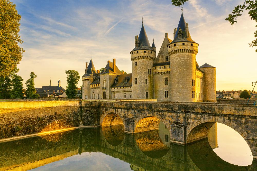 Castelli della Loira, Sully sur Loine
